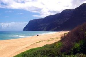 Relax on Polihale State Park Beach, Kauai, Hawaii