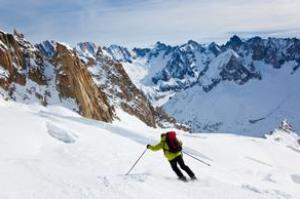Top 10 Ski and Snowboard Destinations in the World
