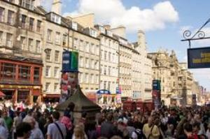Attend the Edinburgh Festival (The Fringe), Scotland