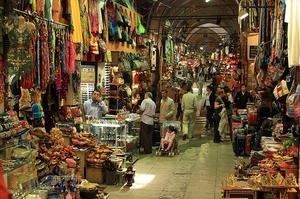 Shop the Grand Bazaar and Egyptian Market, Istanbul, Turkey