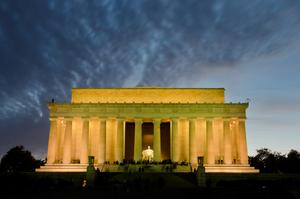 Visit Lincoln Memorial, Washington D.C.