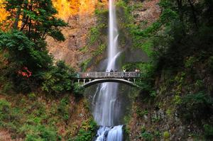 See Multnomah Falls, Oregon