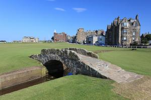 Golf the Old Course at St Andrews, Scotland