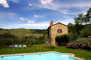 Stay in a Villa in Tuscany, Italy