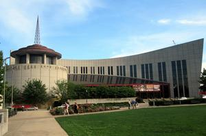 Visit the Country Music Hall of Fame and Museum, Nashville, Tennessee