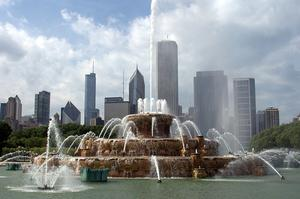 See the Buckingham Fountain, Chicago