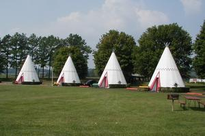 Stay at Wigwam Village #2: Cave City, Kentucky
