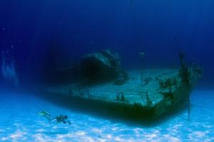 Wreck Dive MV Captain Keith Tibbetts, Cayman Islands