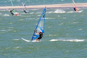 Windsurfing or Kitesurfing Columbia River Gorge, Oregon