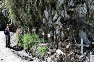 Bike or Drive the &quot;Death Road&quot; (Yungas), Bolivia
