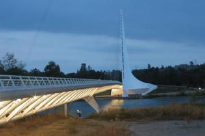 Walk across Sundial Bridge at Turtle Bay, Redding, California