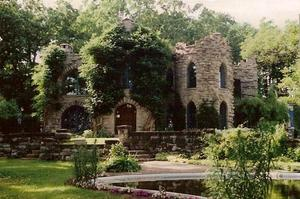 Dine at Beardslee Castle, Little Falls, New York