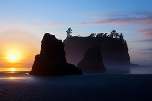 Hike Ruby Beach, Olympic National Park, Washington